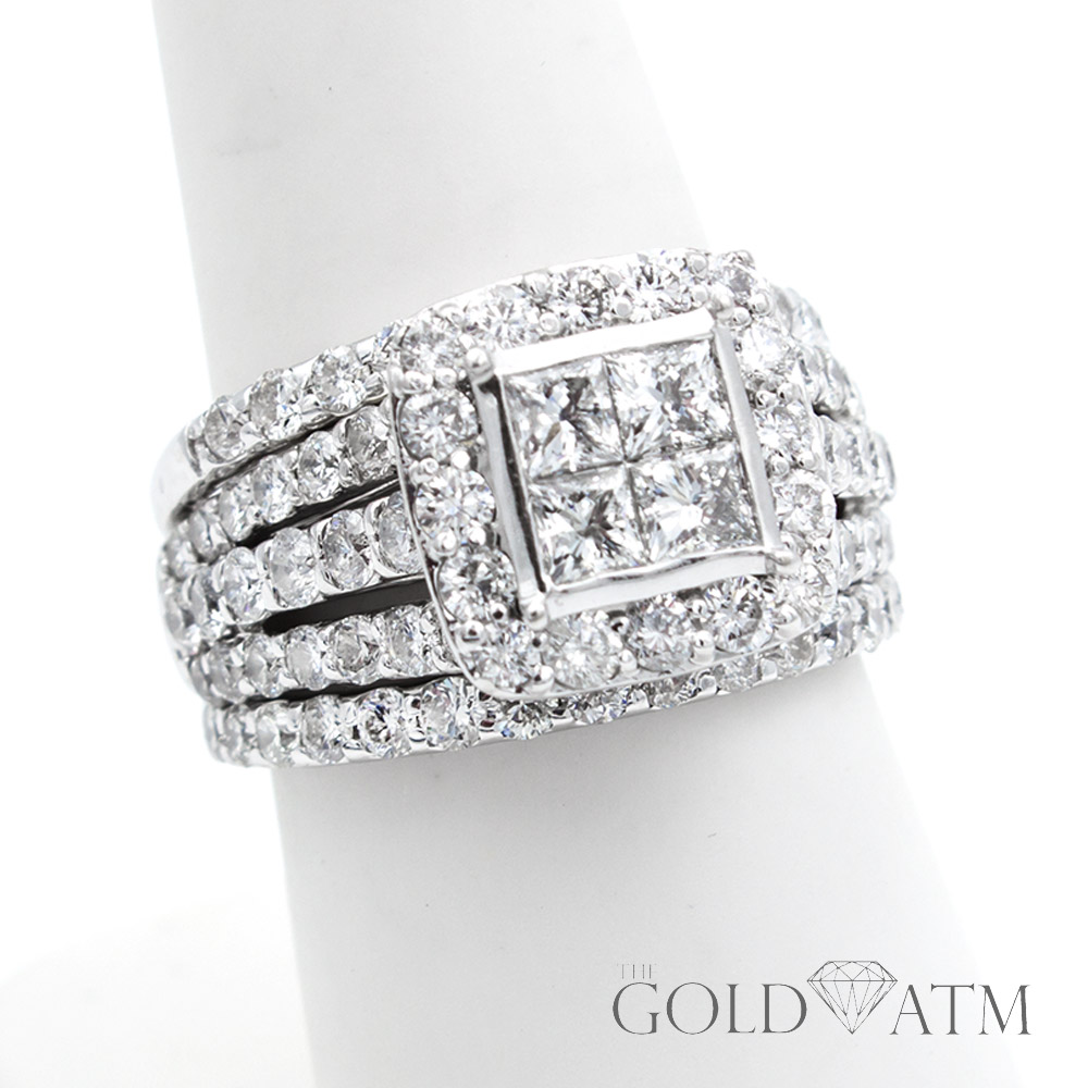 It is just a picture of 44K White Gold .44ct Diamond Engagement Ring Set from Kay Jewelers